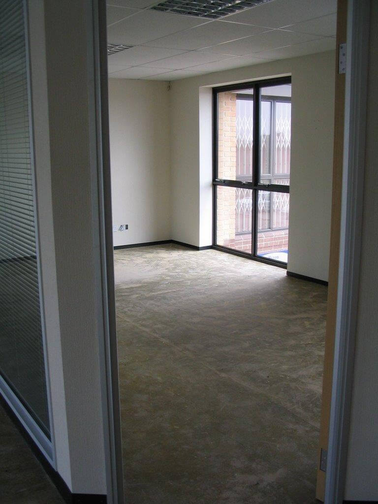 Office Partitioning for Bank House