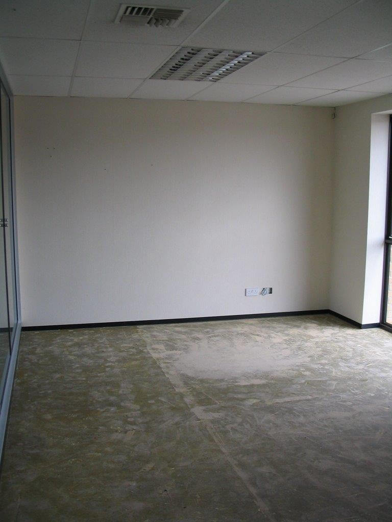 Demountable office partition for Bank House