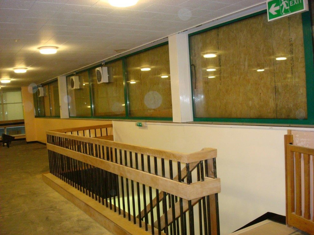 Calne Leisure Centre suspended ceiling