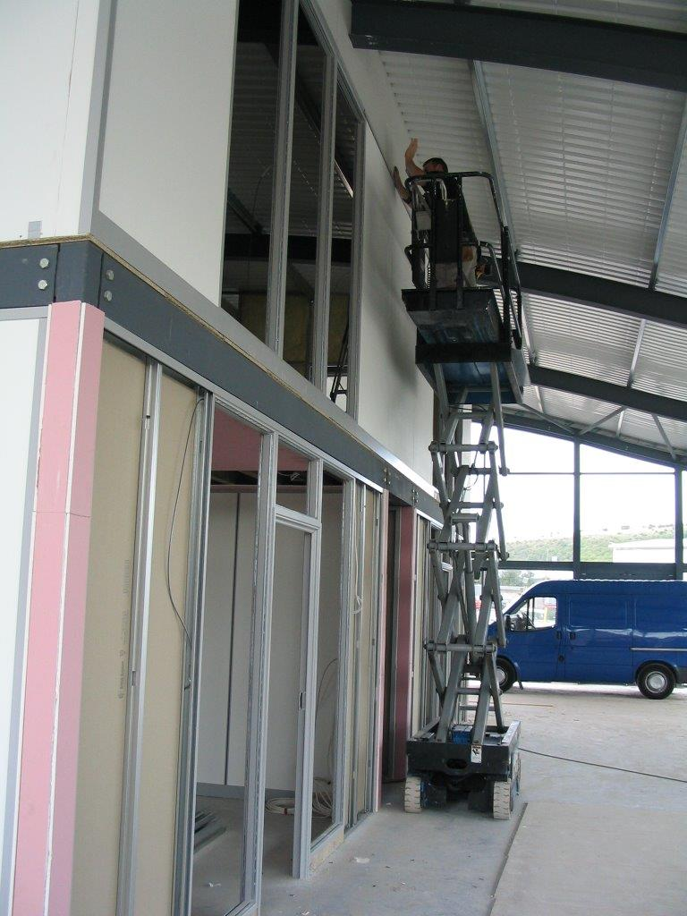 Fire rated demountable partitions