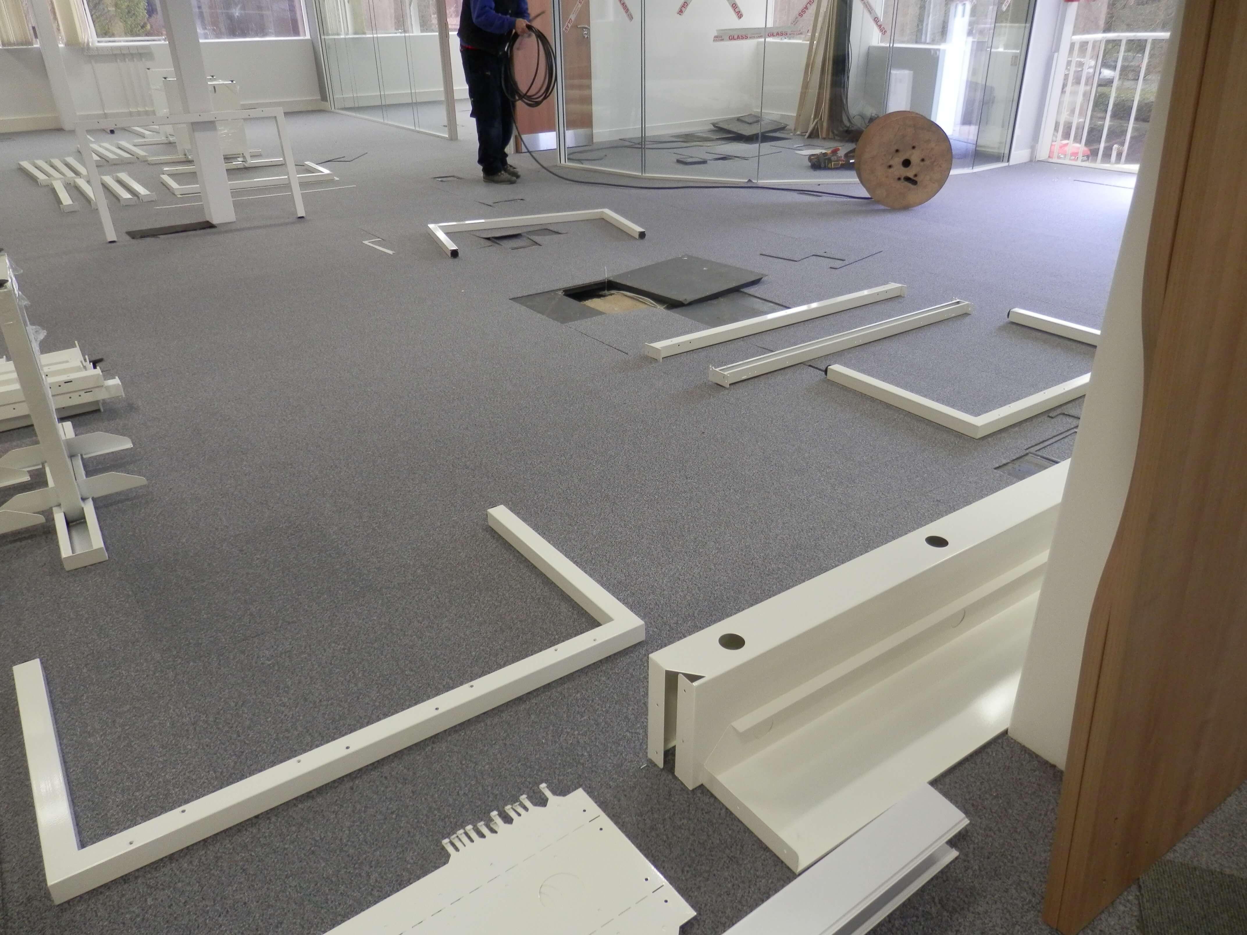Frem Bench 50 office furniture beam system