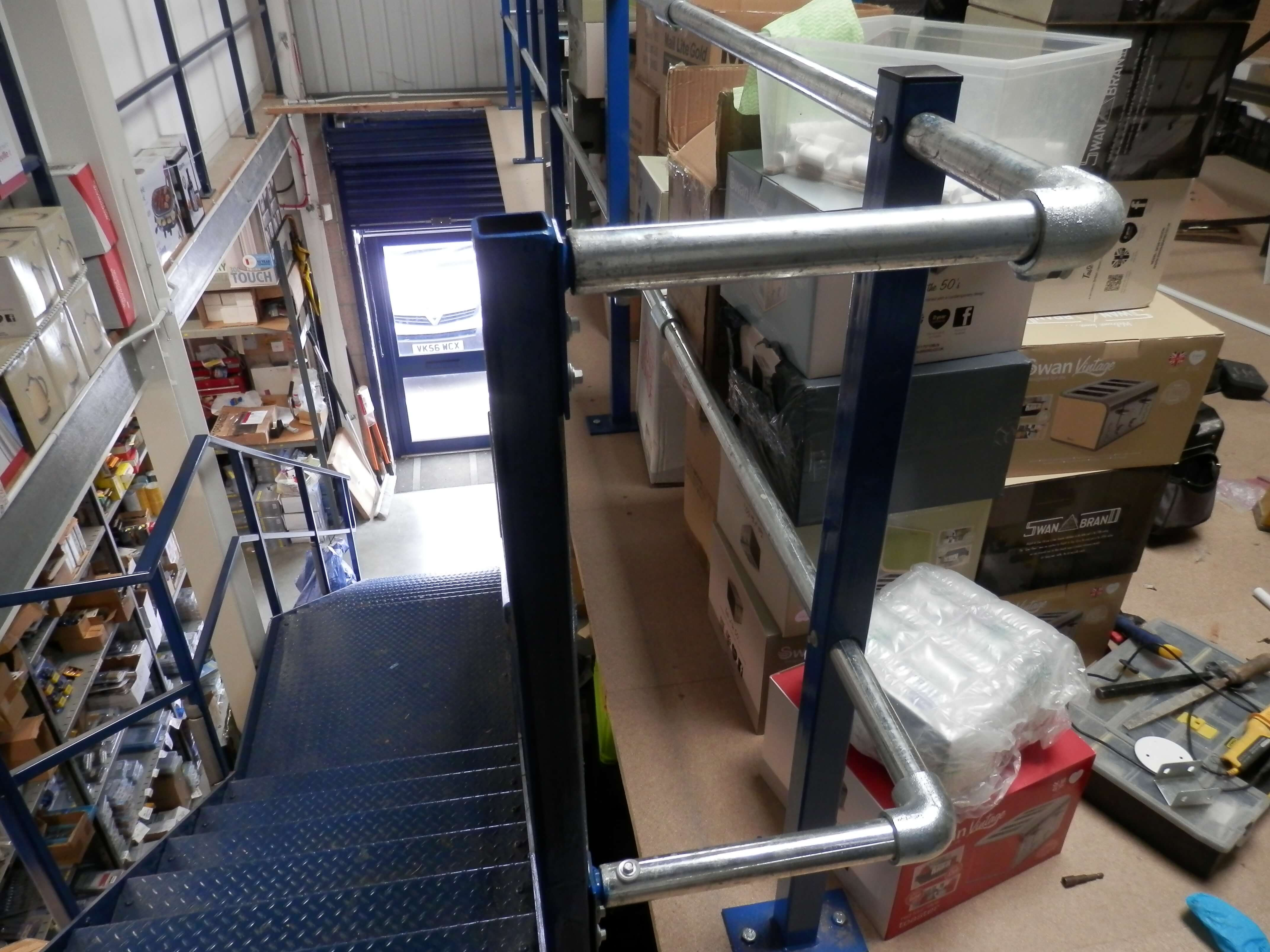 Handrail return